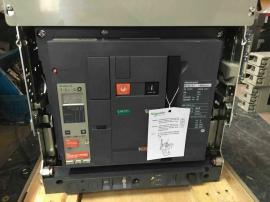 MT32H1 3P施耐德框架�嗦菲��欠��MN��通信 AC220V 3200A