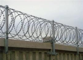 刺丝滚笼-边防刺丝滚笼-防爬网及刺丝滚笼现货