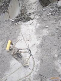 土石方代替放�打石�^劈裂器