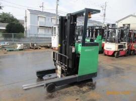 电瓶叉车 丰田前移式1.5吨电瓶叉车 7FBER15丰田电动叉车