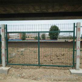 铁路道口栅栏|整体热浸锌铁路防护栅栏|护栏网隔离网