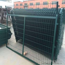蒙华铁路防护栅栏|整体热浸锌铁路防护栅栏|金属网护栏