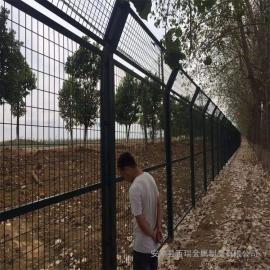 高铁护栏网|国标热浸锌浸塑防护栅栏|铁路全封闭防护栅栏