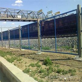 铁路沿线防护栅栏|国标热浸锌浸塑防护栅栏|桥下封闭网