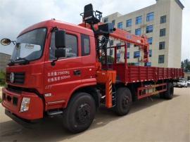 东风小三轴带石煤10吨吊机