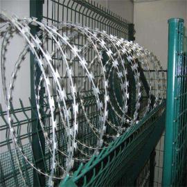 铁路两侧刺丝滚笼---高铁刺丝滚笼-高铁刀片刺丝滚笼网