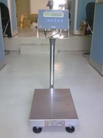30公斤可控制�y�T�子秤30kg上下限�缶��Q