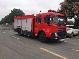 精选美国康明斯发动机的东风天锦6吨泡沫消防车