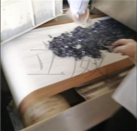 片状光伏材料微波干燥机设备