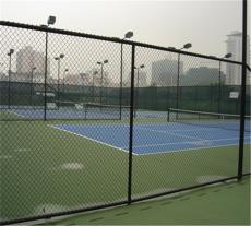 生产篮球场体育场围栏网运动场隔离防护体育场围栏网定制