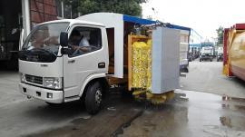 五十铃城市护栏清洗车