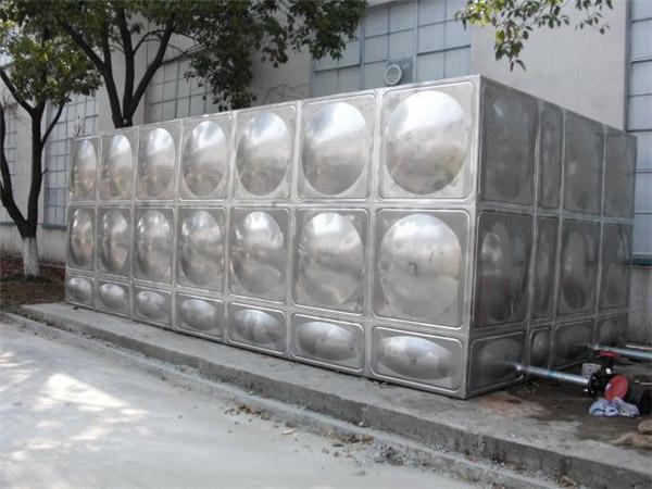 白沙县不锈钢消防水箱,组合式不锈钢水箱厂家