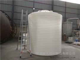 15吨混凝土外加�└磁涔�15吨塑料水塔日晒雨淋都不怕