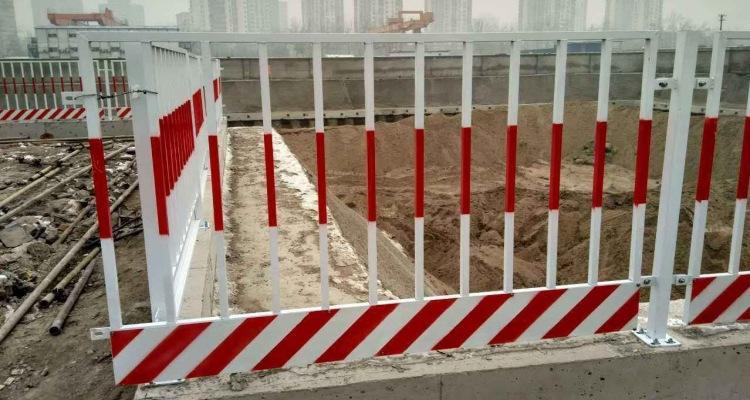可信赖的安平希望红白/黑黄竖管基坑精品推荐 泥浆池临边护栏