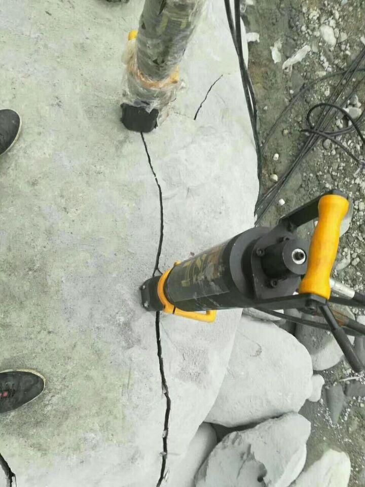 矿山破裂石头产量高设备