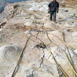 大型石厂开采岩石液压劈裂棒