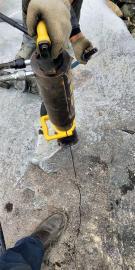 修高速破坚硬石头的设备