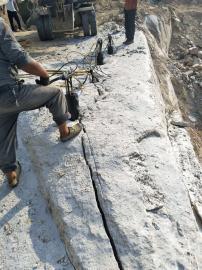 工程开挖取代炮头打石头的机械设备