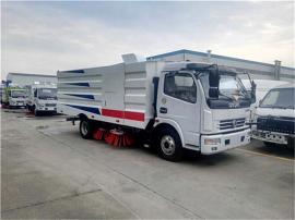 东风多利卡8吨扫路车(现货)
