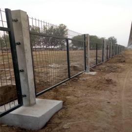 铁路护栏网-铁路防护栅栏-铁路金属防护栅栏