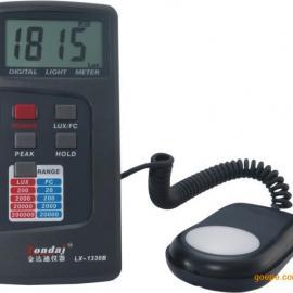 LX1330B数字式照度计