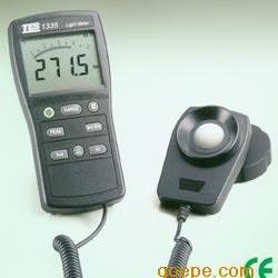 台湾泰仕TES-1335数字照度计