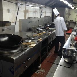 厨房油烟抽取酒店油烟净化厨房降温工程