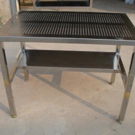 坂田厨房不锈钢工作台 沙湾厨房不锈钢工作台