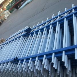蓝白相间护栏网|锌钢护栏在不同地段设计使用