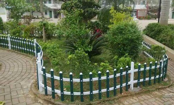合肥PVC护栏草坪围栏