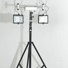 BT6000F 便携式升降照明灯 首先八通