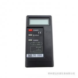 泰仕液晶显示照度计光度计,TES-1330A