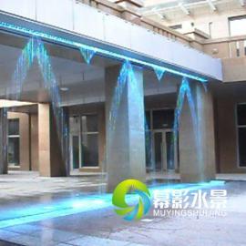 幕影水景,数控水幕变化多端的水幕秀及商家播放的logo