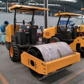 新款全液压1吨压路机 两轮振动压土机 小型座驾式压路机