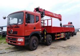 东风天龙前四后八随车起重运输车上装三一16吨起重机