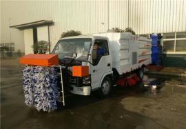 8吨扫路车 3方吸尘扫路车 凯马小型清扫车