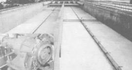 水下刮泥beplay手机官方单轨潜水刮泥机