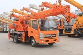新款8吨吊车 8吨汽车吊图片